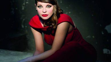 """Photo of Alessandra Amoroso condivide la cover dell'album """"Amore Puro"""""""