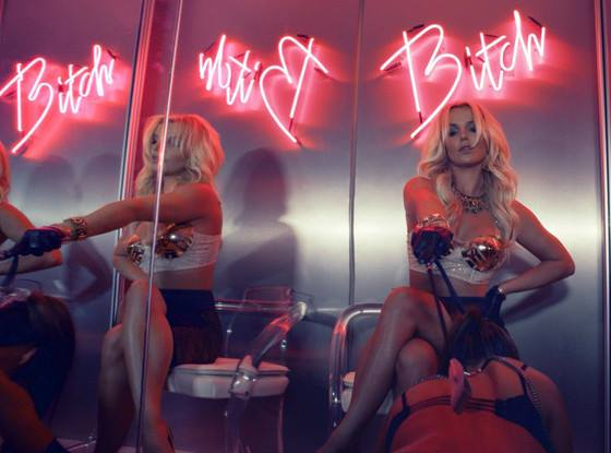 themusik britney spears work bitch singolo nuovo sexy bikini video testo traduzione Work B**ch di Britney Spears: video, testo e traduzione