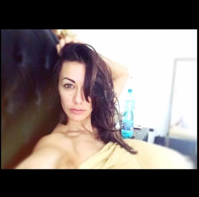 melita toniolo sexy selfie