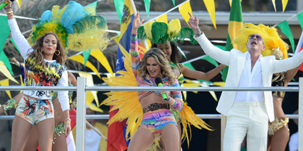 """We Are One (Ole Ola)"" di Pitbull feat Jennifer Lopez e Claudia Leitte"